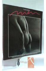 MEN PHOTOGRAPHS BY HERLINDE KOELBL, TEXTS BY KLAUS HONNEF UND CORA STEPHAN